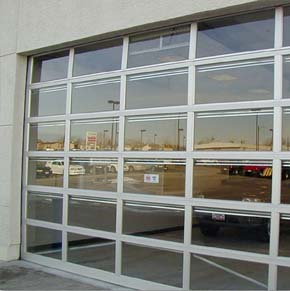 Raynor_Overhead_Door_AlumaView